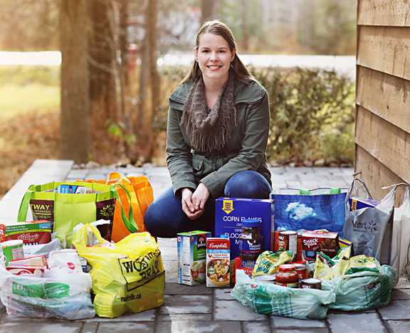 Kelly Rawlinson Creative Photography collected 125 lbs of food as well as monetary donations for the Georgina Food Bank.